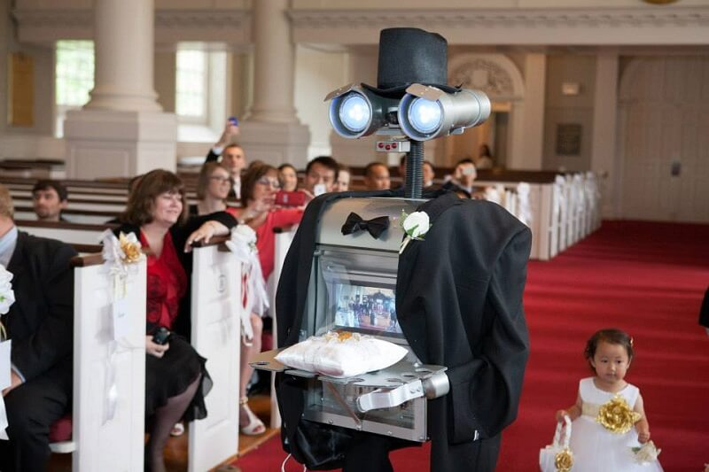 Robot Ring Bearer